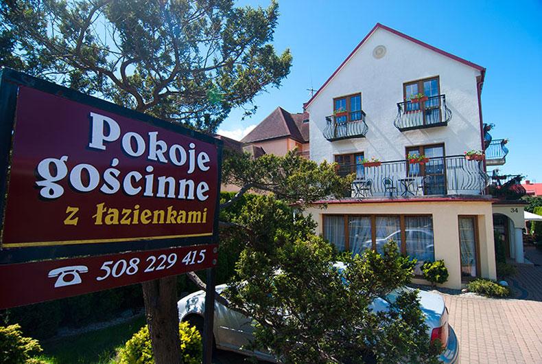 Pokoje z balkonami i miejscem parkingowym